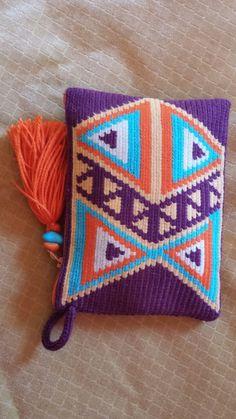 Crochet Clutch Bags, Crotchet Bags, Crochet Handbags, Crochet Purses, Knitted Bags, Tapestry Crochet Patterns, Crochet Art, Love Crochet, Hand Knit Bag