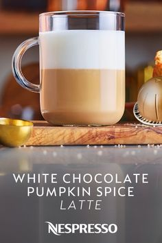 Make the perfect autumn coffee drinks with Nespresso coffee pods, accessories, and fall coffee recipes. Enjoy a cozy coffee drink at home with our warm pumpkin spice latte and maple cinnamon macchiato recipes. Cafe Latte Recipe, Pumpkin Spiced Latte Recipe, Starbucks Pumpkin Spice, Pumpkin Spice Cake, Starbucks Coffee, Mocha Coffee, Coffee Shop, Iced White Mocha, White Chocolate Syrup