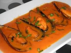 Mejillones en salsa Canapes, Seafood Recipes, Thai Red Curry, Great Recipes, Fish, Cooking, Salsa, Ethnic Recipes, Seafood Dishes