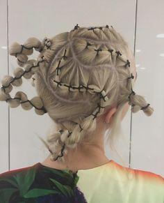 mauvais gout (sometimes) Creative Hairstyles, Up Hairstyles, Avant Garde Hair, Runway Hair, Hair Arrange, Editorial Hair, Hair Reference, Hair Shows, Dream Hair