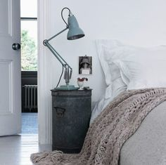A bedside table can really make or break the bedroom look. It doesn't have to be a boring element of your bedroom design; so get interior design savvy and Estilo Interior, Home Interior, Interior Styling, Interior Design, Bedside Storage, Diy Nightstand, Bedside Tables, Bedside Lamp, Narrow Nightstand