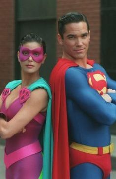 """Ultra Woman & Superman (Dean Cain and Teri Hatcher) in """"Lois & Clark: The New Adventures of Superman,"""" (ABC, Superman Lois, Superman Family, Superman Man Of Steel, Batman And Superman, Superman Poster, Superman Stuff, Dean Cain, Christopher Reeve, Brandon Routh"""