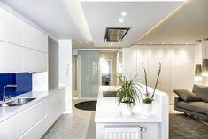 13 Ιδιοφυείς λύσεις για μικρές κουζίνες! Feng Shui, Oversized Mirror, Minimalist, Flooring, Furniture, Home Decor, Kitchen Ideas, Decorating Ideas, Kitchen Living