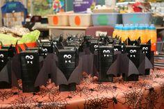 Halloween Drinks Kids, Halloween Class Party, Halloween Treats For Kids, Halloween Goodies, Toddler Halloween, Halloween Activities, Halloween Gifts, Halloween Stuff, Halloween Ideas