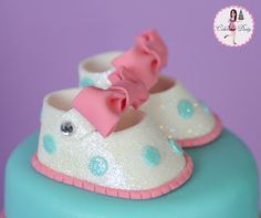 Cakes by Dusty Fondant Baby Shoes, Fondant Tips, Fondant Toppers, Cupcake Toppers, Mom Cake, Cute Baby Shoes, Pecan Nuts, Baby Shower Cakes, Baby Cakes