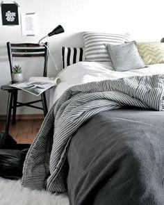 2013 White Cozy Scandinavian Bedroom Designs