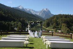 Trauung auf der Bergwiese, Wettersteingebirge, Alpspitze, Waxenstein…