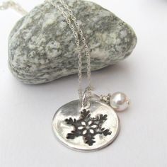Silver Snowflake Necklace With Pearl