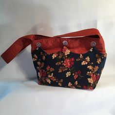 Handcrafted Cloth Purse, Small Hand Bag, Hand Made Changeable Cover Purse, Colorful Purse, HoBo Bag, Small Project Bag, Two Snap Bag by PamsBeadedTreasure on Etsy Shoulder Purse, Shoulder Strap, Snap Bag, Cotton Polyester Fabric, Cover Pics, Hobo Bag, Cooker Recipes, One Pic, Fossil