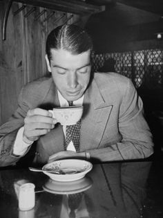 mr. coffee, joe dimaggio