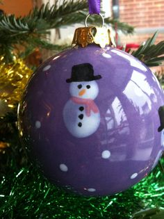 Homemade baubles #fingerprint snowmen