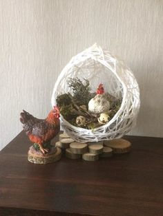 Snow Globes, Easter, Home Decor, Upcycling, Clothing, Decoration Home, Room Decor, Easter Activities, Home Interior Design