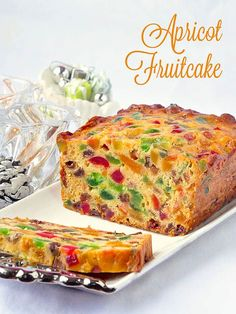 Apricot Fruitcake – This light apricot fruitcake recipe takes our very popular Apricot Raisin Cake and turns it into a moist and delicious Christmas fruitcake or as a delicious tea cake at any time of the year. Try the pared down apricot raison cake versi Tea Cakes, Food Cakes, Cupcake Cakes, Fruit Cakes, Baking Recipes, Cake Recipes, Dessert Recipes, Yummy Recipes, Healthy Cooking Recipes