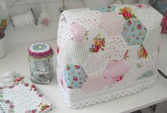 Lovely sewing machine cover