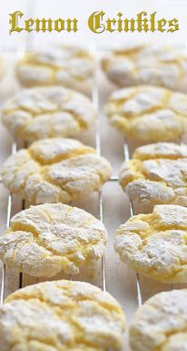 lemon cookies Cake And Bakery: Lemon Crinkles Recipe Lemon Desserts, Lemon Recipes, Just Desserts, Sweet Recipes, Easy Cookie Recipes, Baking Recipes, Dessert Recipes, Recipe Ingredients List, Biscuits Fondants