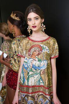 girlannachronism:  Dolce & Gabbana fall 2013 rtw backstage  /