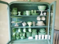 Jadeite dishes display