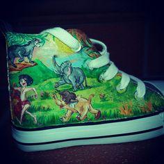 Dipinto a mano pezzo unico bimbo bimba scarpe converse