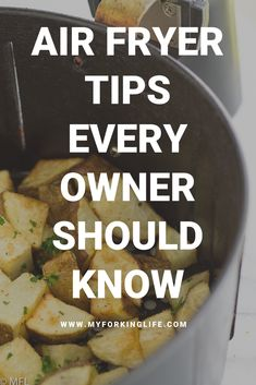 Find out the tips and tricks that will create successful air fried foods each and every time. 10 Air Fryer Tips and Tricks to get the best Air Fried Foods. Every Air Fryer Owner should know these. From getting crisp results to proper maintenance. Power Air Fryer Recipes, Air Fryer Recipes Snacks, Air Frier Recipes, Air Fryer Recipes Breakfast, Air Fryer Dinner Recipes, Power Airfryer Xl Recipes, Air Fryer Chicken Recipes, Air Fryer Recipes Potatoes, Air Fryer Recipes Vegetables
