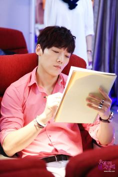 "Choi Jin Hyuk ""Fated to Love You"" Stills"