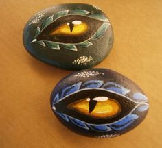 "Painted rocks ""Dragon Eye"" drop in the Garden for Halloween Pebble Painting, Tole Painting, Pebble Art, Stone Crafts, Rock Crafts, Arts And Crafts, Hand Painted Rocks, Painted Stones, Painted Pebbles"