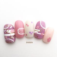Image may contain: closeup Neutral Nail Art, Floral Nail Art, Japanese Nail Design, Japanese Nail Art, Pretty Nail Art, Cute Nail Art, Colorful Nail Designs, Nail Art Designs, Cherry Blossom Nails