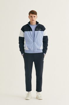 a81098bfe47d Champion Fall/Winter 2018 Collection First Look Fashion Cop Purchase Buy  Soon Jackets Tracksuit Bottoms Half-Zips T-Shirts Hoodies Trousers