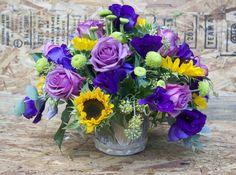 Espectacular Centro de flores #lafuentefloristas #santander #floristeria #flores #cantabria #plantas #jardineria #hipster