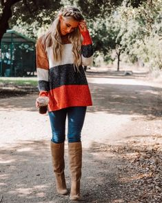 Statistics On Women S Fashion Casual Outfits For Moms, Mom Outfits, Older Women Fashion, Womens Fashion, Latest Fashion Trends, Fashion Bloggers, Colorful Fashion, Women's Fashion Dresses, Everyday Fashion