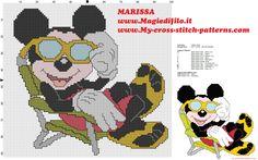 patrón de punto de cruz mickey mouse disney en vacaciones en la playa