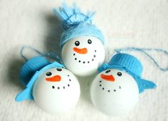 Bałwanki z piłeczek - ozdoby na choinkę/ping pong ball snowman ornament Christmas Perler Beads, Christmas Ornaments To Make, Ball Ornaments, Christmas Crafts For Kids, Christmas Tree Decorations, Holiday Crafts, Winter Christmas, Christmas Cards, Xmas