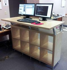 Standing #Desk #Ikea #Shelves With Style // Super #Stehtheke aus einem #Expedit #Regal, #Kapita #Konsolen und #Füßen