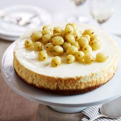 Our gooseberry cheesecake recipe is a star: creamy cheesecake, tart gooseberries and the quintessentially British flavour of elderflower