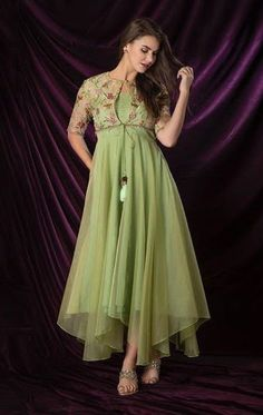 Green Organza Dress with Embroidered Jacket Indian Designer Outfits, Designer Dresses, Stylish Dresses, Fashion Dresses, Girl Fashion, Frock Models, Kurti Embroidery Design, Embroidery Patterns, Long Gown Dress