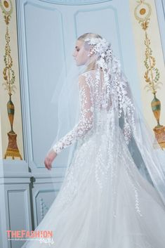 The new Elie Saab wedding dresses have arrived! Take a look at what the latest Elie Saab bridal collection has in store for newly engaged brides. Most Beautiful Wedding Dresses, Dresses Elegant, Bridal Wedding Dresses, Bridal Style, Wedding Veils, Elie Saab Bridal, Wedding Dressses, Bridal Fashion Week, Wedding Dress Sleeves