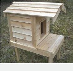 cat+houses+for+outside | Cat furniture, cedar cat house for outdoors, low price. Outdoor Cat Shelter, Outdoor Cats, Ikea Hacks For Cats, Outside Cat House, Hiding Cat Litter Box, Cat Kennel, Winter Cat, Cat Condo, Feral Cats