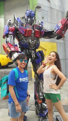Optimus prime #uss #singapore #transformer #otobotts #travelling #mj #cp