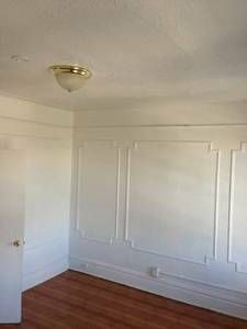 picture frame molding on main wall - NURSERY - Picture Frame Wainscoting, Picture Frame Molding, Picture Frames, Wainscoting Wall, Painted Paneling Walls, Wall Panelling, Wall Molding, Crown Molding, Victorian Bedroom