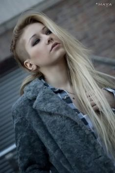 gorgeous 200+ Photos of Perfect Blonde Color Hairstyle for Long Hair Check more at http://lucky-bella.com/200-photos-of-perfect-blonde-color-hairstyle-for-long-hair/