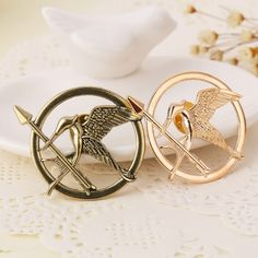 0.52$  Watch now - The Hunger Games Bird Brooch Pin Badge Antique Bronze Gold Vintage Retro Fashion New Hot Movie Film Jewelry Men Women Wholesale   #magazineonlinewebsite