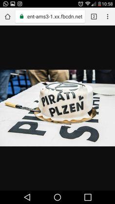 Dort pro piráty