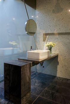 Bathroom espelho transversal
