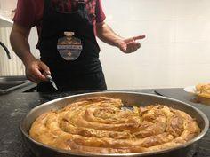 Reteta de Börek turcesc (BUREK) 💪 PLACINTA DOBROGEANA - YouTube Pie Recipes, Recipies, Turkish Recipes, Apple Pie, Bakery, Cooking, Desserts, Food, Garden