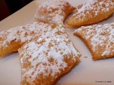 Beer ears sweet bread, memes of sweet bread, artisan sweet bread, . Mexican Sweet Breads, Mexican Bread, Mexican Food Recipes, Mexican Bakery, Bread Bar, Spanish Desserts, Pan Dulce, Artisan Bread, Sour Cream