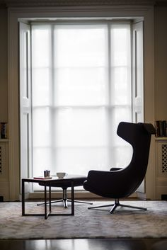 Grand Repo chair with coffee table in wood and marble, specified by Carly from the many options - to work perfectly in the room. All furniture available from NW3 Interiors. Free interior design consultation available in London. Contact Carly@nw3inteirorsltd.com or call 07773383530