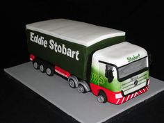 Imagini pentru how to make a lorry cake Brithday Cake, 5th Birthday Cake, Birthday Cakes For Men, Cakes For Boys, Fondant Cakes, Cupcake Cakes, Semi Truck Cakes, Dad Cake, Different Cakes