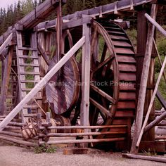 Barkerville, Cariboo Gold Rush in British Columbia, Canada Old West Town, Canada Images, Gold Rush, Le Moulin, Covered Bridges, Ghost Towns, British Columbia, Old Photos, Tourism
