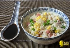 Riso cantonese (ricetta cinese) Prosciutto Cotto, Risotto, Potato Salad, Grains, Curry, Food And Drink, Dishes, Vegetables, Cooking