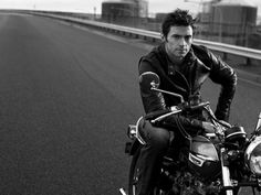 Mr Wolverine himself. Hugh Jackman on a Triumph Bonneville.