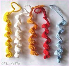 Natas Nest: Crochet Decoration Tutorial •✿•  Teresa Restegui http://www.pinterest.com/teretegui/ •✿•